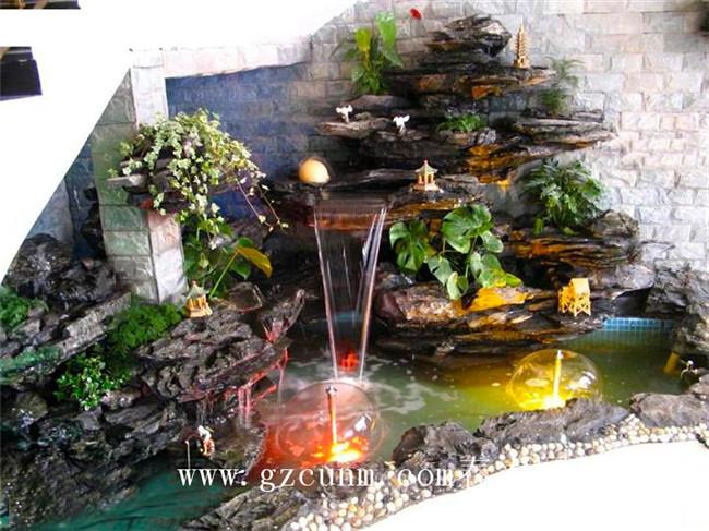 别墅锦鲤池建造,公司景观鱼池设计施工,水质清澈见底,一年无需换水
