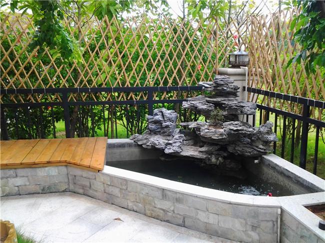 别墅庭院鱼池设计案例图片
